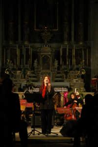 Manuela Villa: Concerto di Natale 2004 a San Giovanni  - Vittoria (4495 clic)