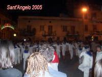 Festivity of Saint Angel|Fête de Saint Ange|Festlichkeit des Heiliger Angelus|Fiesta de San Angel|Festa di Sant'Angelo - 5 maggio - I marinai si preparano per la corsa di Piazza Sant'Angelo  - Licata (4474 clic)