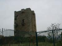 Torre antica  - Carini (6339 clic)