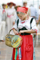Foto scattata durante la  Sagra della vendemmia ( 2005 )  - Viagrande (3421 clic)
