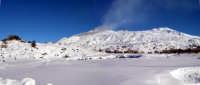 Etna innevata inverno 2004  - Etna (2962 clic)