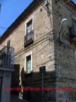 scorcio casa catalano nel centro del paese  - San salvatore di fitalia (3069 clic)