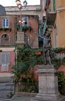 davide statua di bronzo  - Novara di sicilia (4988 clic)