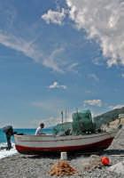 Barche e pescatore  - Scaletta zanclea (7556 clic)