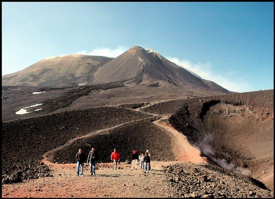 walking on the volcano - ETNA - inserita il 10-Mar-11