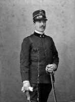 Il Gen Tommaso Volpe all'epoca Tenente cll privata Donna Rosa Emanuela Volpe  - Motta d'affermo (4852 clic)