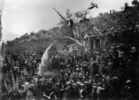1934 arriva l'acqua dalla fonte Mulinello di Castel di Lucio Collezione privata  - Motta d'affermo (3751 clic)