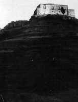 Il castello quand'era di proprietà dei Castelli di Torremuzza Collezione Privata  - Motta d'affermo (3908 clic)