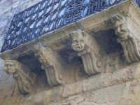 Balcone, palazzo Gaetani  - Naro (4442 clic)