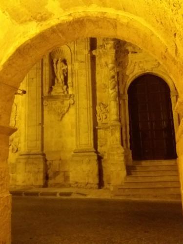 Portale Chiesa S.Salvatore  - NARO - inserita il 30-Jan-20