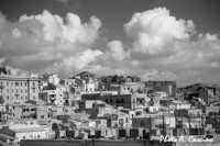 Scorcio del centro storico.  - Agrigento (2960 clic)