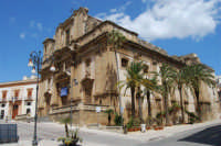 visita alla città: Basilica Maria SS. del Soccorso - 25 aprile 2008  - Sciacca (996 clic)