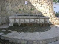 Santuario della Madonna del Ponte - la fontana - 5 ottobre 2008  - Partinico (1710 clic)