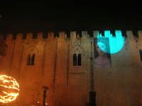 Festeggiamenti Maria SS. dei Miracoli - La Festa del Paradiso - L'Assalto al Castello - Piazza Castello - 20 giugno 2008   - Alcamo (677 clic)