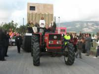 Processione della Via Crucis con gruppi statuari viventi - 5 aprile 2009   - Buseto palizzolo (1436 clic)