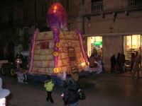 Carnevale 2008 - Sfilata Carri Allegorici lungo il Corso VI Aprile - 2 febbraio 2008   - Alcamo (669 clic)