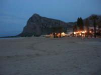 la spiaggia e monte Monaco a sera - 19 aprile 2009  - San vito lo capo (1730 clic)