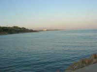 panorama dal molo - 1 agosto 2007  - Marinella di selinunte (1446 clic)