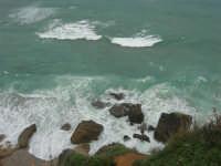 la costa: quando il mare è in burrasca - 22 marzo 2009  - Castellammare del golfo (968 clic)