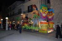 Carnevale 2008 - Sfilata Carri Allegorici lungo il Corso VI Aprile - 2 febbraio 2008   - Alcamo (888 clic)