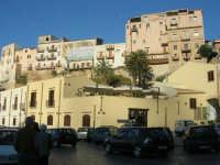 al porto - 13 maggio 2007  - Castellammare del golfo (802 clic)