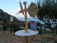 all'ingresso della Riserva dello Zingaro: osservazione del vento - panorama - 11 ottobre 2009   - Riserva dello zingaro (2085 clic)