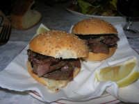 panini con la milza o pani ca meusa - C.da Digerbato - Tenuta Volpara - 21 dicembre 2008   - Marsala (7251 clic)