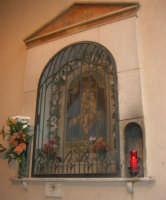 edicola votiva dedicata a Maria SS. delle Grazie, sotto l'Arco Itria - 21 giugno 2007  - Alcamo (963 clic)