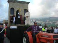 Processione della Via Crucis con gruppi statuari viventi - 5 aprile 2009   - Buseto palizzolo (1645 clic)