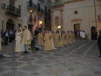 2° Corteo Storico di Santa Rita - Rita sposa - Le dame - Piazza Madonna delle Grazie - 17 maggio 2008   - Castellammare del golfo (632 clic)