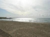 spiaggia libera San Giuliano - 1 maggio 2009   - Erice (4812 clic)