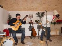 Concerto NAPOLINCANTO - Domenico De Luca (chitarra solista e percussione), Gianni Aversano (voce e chitarra) - 10 dicembre 2009   - Alcamo (1571 clic)