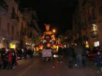 Carnevale 2008 - Sfilata Carri Allegorici lungo il Corso VI Aprile - 2 febbraio 2008   - Alcamo (981 clic)