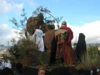 Processione della Via Crucis con gruppi statuari viventi - 5 aprile 2009   - Buseto palizzolo (2058 clic)
