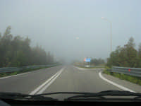 banco di nebbia in dissolvimento - 25 febbraio 2008  - Alcamo (834 clic)