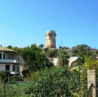 torre di avvistamento in località Guidaloca - 1 ottobre 2006  - Castellammare del golfo (898 clic)