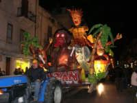 Carnevale 2008 - Sfilata Carri Allegorici lungo il Corso VI Aprile - 2 febbraio 2008   - Alcamo (868 clic)