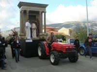 Processione della Via Crucis con gruppi statuari viventi - 5 aprile 2009   - Buseto palizzolo (1571 clic)
