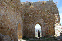 sulla rupe i ruderi del Castello Eufemio, di epoca medioevale - 4 ottobre 2007   - Calatafimi segesta (653 clic)