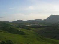 panorama rurale e monte Bonifato - 3 marzo 2009  - Alcamo (2796 clic)