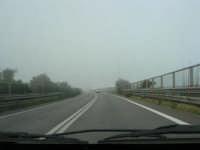 banco di nebbia in dissolvimento - 25 febbraio 2008  - Castellammare del golfo (567 clic)