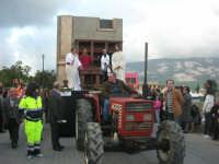 Processione della Via Crucis con gruppi statuari viventi - 5 aprile 2009   - Buseto palizzolo (1452 clic)