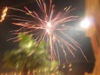 notte di capodanno in piazza Ciullo - spettacolo pirotecnico - 1 gennaio 2009  - Alcamo (2902 clic)
