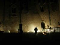 Festeggiamenti Maria SS. dei Miracoli - La Festa del Paradiso - L'Assalto al Castello - Piazza Castello - 20 giugno 2008  - Alcamo (515 clic)