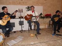 Concerto NAPOLINCANTO - Domenico De Luca (chitarra solista e percussione), Gianni Aversano (voce e chitarra), Ferdinando Piscopo (mandolino) - 10 dicembre 2009   - Alcamo (1564 clic)