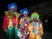 Carnevale 2008 - XVII Edizione Sfilata di Carri Allegorici - una famiglia di clown - 3 febbraio 2008   - Valderice (1900 clic)