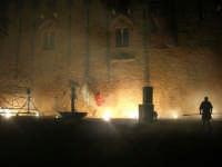 Festeggiamenti Maria SS. dei Miracoli - La Festa del Paradiso - L'Assalto al Castello - Piazza Castello - 20 giugno 2008  - Alcamo (537 clic)