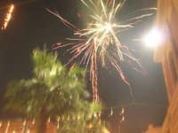 notte di capodanno in piazza Ciullo - spettacolo pirotecnico - 1 gennaio 2009  - Alcamo (3037 clic)