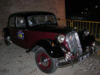 Calici di Stelle - auto d'epoca in mostra sul piazzale del Castello dei Conti di Modica - 10 agosto 2008   - Alcamo (733 clic)