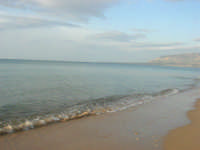 spiaggia di levante - golfo di Castellammare - 1 marzo 2009  - Balestrate (3932 clic)